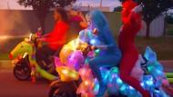 "Ausschnitt aus dem Musikvideo ""How"" von den Flaming Lips"