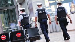 Polizeigewerkschafter fordert Pflicht zur Mitführung des Impfpasses