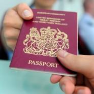 Passkontrolle: Noch gibt es keine langen Schlangen bei der Einreise.