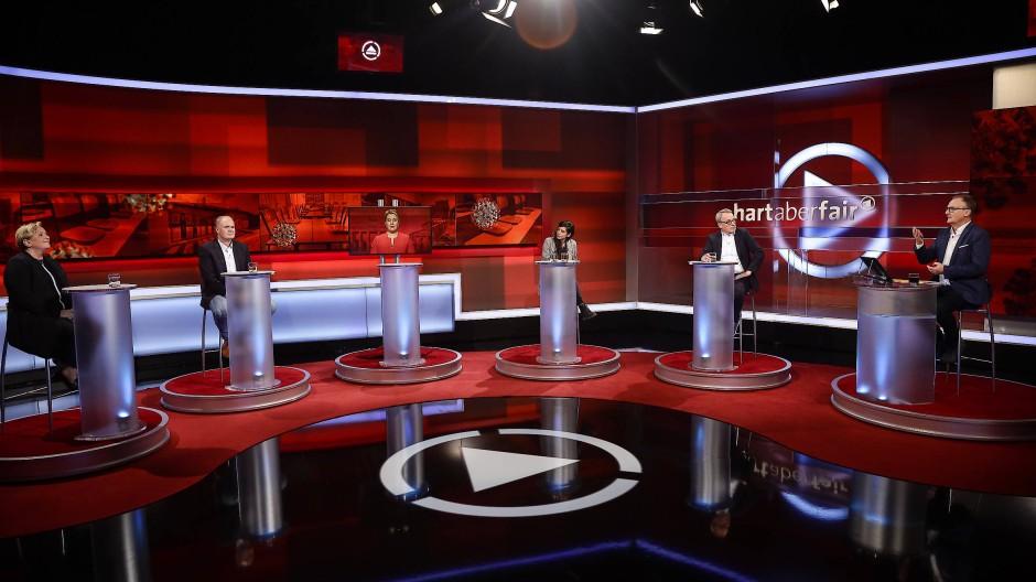 """Streitgespräch über Schulen in Corona-Zeiten: """"Hart aber fair"""" mit Frank Plasberg"""