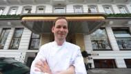 """Koch des Jahres: Christoph Rüffer vom Restaurant """"Haerlin"""" im Hotel Vier Jahreszeiten in Hamburg"""