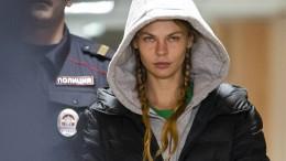 Russland lässt Model mit angeblichen Beweisen frei