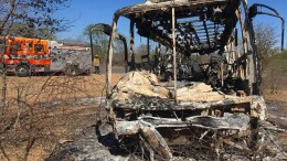 Mindestens 42 Tote bei Reisebus-Brand in Simbabwe