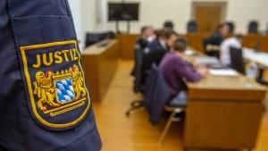 Haft- und Bewährungsstrafen nach Prügeltod eines Teenagers