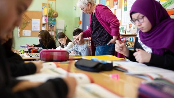 Migrantenkinder gehen weiterhin seltener aufs Gymnasium