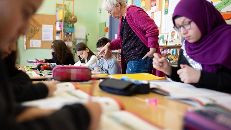 Die Herkunft hat Einfluss auf den Bildungsweg: Kinder mit Migrationshintergrund kommen öfter auf die Real- oder Hauptschule.