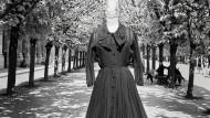 Seiden-Crêpe-Kleid von Christian Dior, 1956 (3000/4000 Euro)
