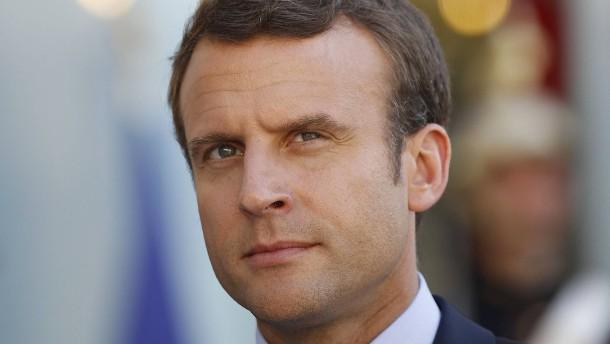 Frankreich entscheidet, ob Macron auch regieren kann