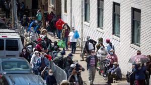 Amerika hat fast 39 Millionen Arbeitslose in Corona-Krise