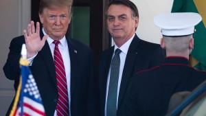 Für Bolsonaro bleibt Trump das Vorbild