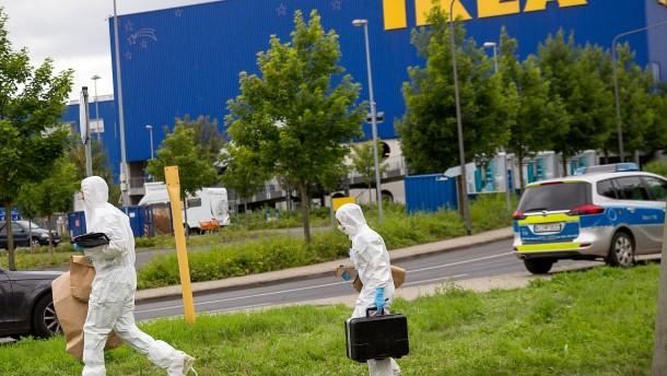 Drei Angeklagte im Fall der Frankfurter Ikea-Leiche