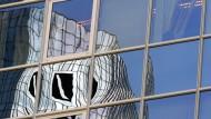 Mit HNA verkleinert der größte Anteilseigner der Deutschen Bank seine Beteiligung ein weiteres Mal.