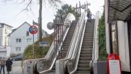 Abschreckend: Rolltreppe aus den siebziger Jahren ist der Teil des Kleinschmidt-Stegs, der über den Cityring führt.