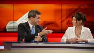 Volksentscheide gegen abgehobene Politiker?