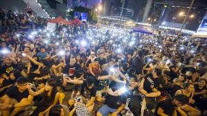 Regierung stellt den Demonstranten ein Ultimatum