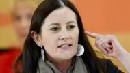 Gerne scharfzüngig: Janine Wissler von der Fraktion der Linkspartei im Landtag in Wiesbaden