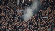Polizei identifiziert Eintracht-Fan als Pyro-Werfer
