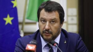 """Salvini: """"Merkel hat Risiko sozialer Konflikte unterschätzt"""""""