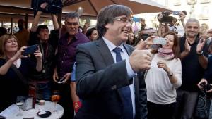 Puigdemont hält sich Asylantrag in Belgien offen