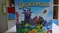 """Das Legespiel """"Dragomino"""" ist eine kindgerechte Adaption des beliebten Erwachsenenspiels """"Kingdomino""""."""