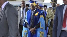 Simbabwer froh über Mugabe-Aus
