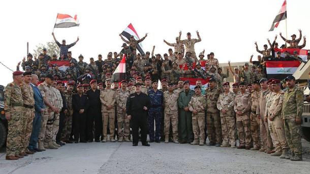 Iraks Regierungschef erklärt offiziell Sieg über IS in Mossul
