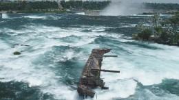 Hochwasser reißt altes Schiffswrack los