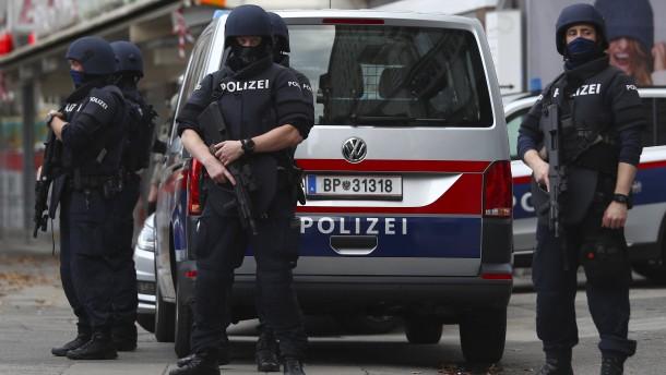 14 Festnahmen nach Terroranschlag