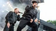 Bad Segeberg: Michi Beck (vorn), Thomas D. (r) und Smudo von der deutschen HipHop Band Fantastischen Vier treten auf der Freilichtbühne auf.