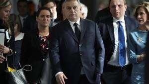 Wie Orbán die EVP abblitzen ließ