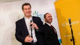 CSU und Freie Wähler einigen sich auf Koalition in Bayern