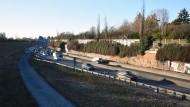 """Autobahn A661: Diese Lärmquelle könnte bald unter einem """"Deckel"""" verschwinden."""