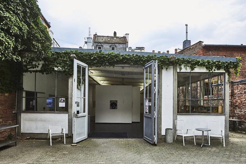 In der Ausstellungshalle in der Schulstraße sind die Werke der Künstlerin Gisela Weber zu sehen.
