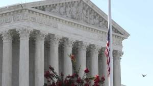 Oberstes Gericht erlaubt Mauerbau mit Pentagon-Geld