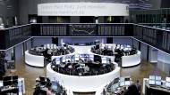 Euro schwach, Aktien stark