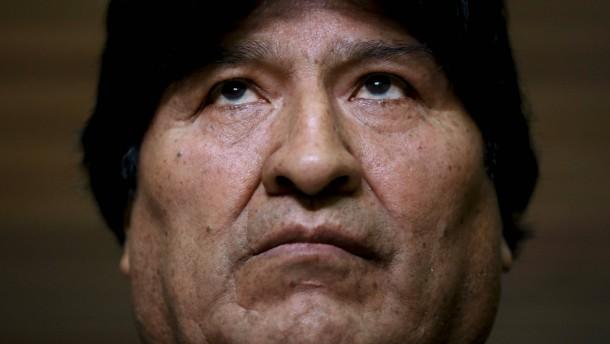 Morales wegen Terrorismus angeklagt