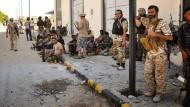 Libysche Einheitsregierung meldet Eroberung von IS-Zentrale