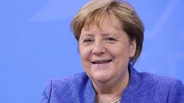 """Merkel: """"Soll in Zukunft auf dem Handy sein"""""""