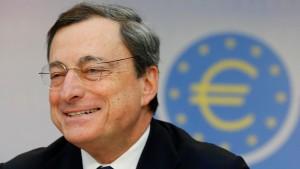 Mario Draghi verteidigt seine Politik