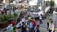Personenzug entgleist in Manila