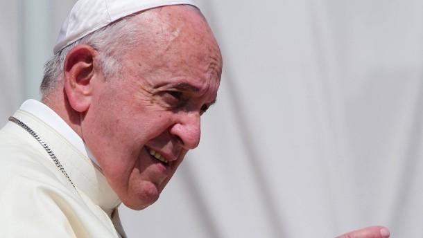 Papst verurteilt Ukraine-Konflikt