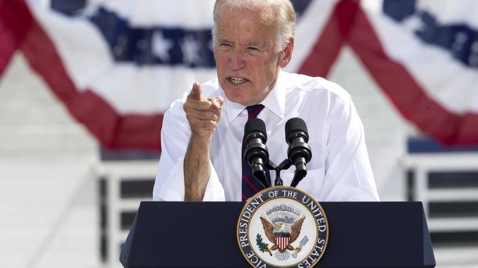 """Vizepräsident Joe Biden: """"Wir senden eine Botschaft"""" an Russland – und zwar """"zu einem Zeitpunkt unserer Wahl und unter den Umständen, die die größte Wirkung entfalten werden."""""""