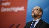 In den Umfragen liegt Martin Schulz mit der SPD deutlich hinter der CDU zurück – aber das heiße noch nichts, glaubt Kajo Wasserhövel