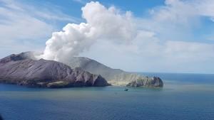 Sechs Todesopfer auf Vulkaninsel geborgen
