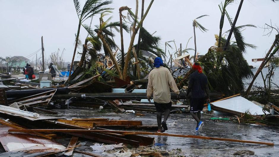 Sturm erreicht die Ostküste Amerikas mit neuer Stärke