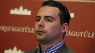 Erst radikal, jetzt brav? Der Jobbik-Vorsitzende Gábor Vona gibt sich staatstragend – und will Ministerpräsident Orbán von der Macht verdrängen.