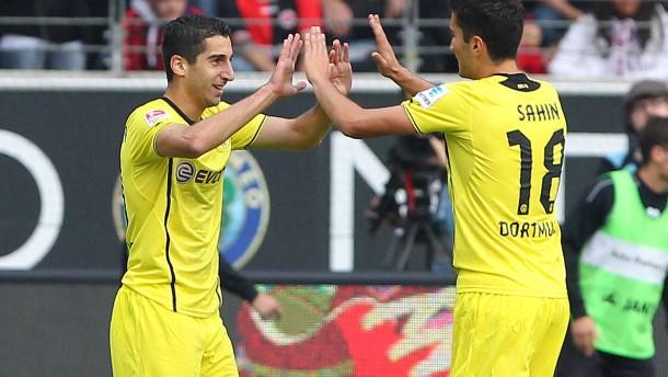 Nur Dortmund wahrt die weiße Weste
