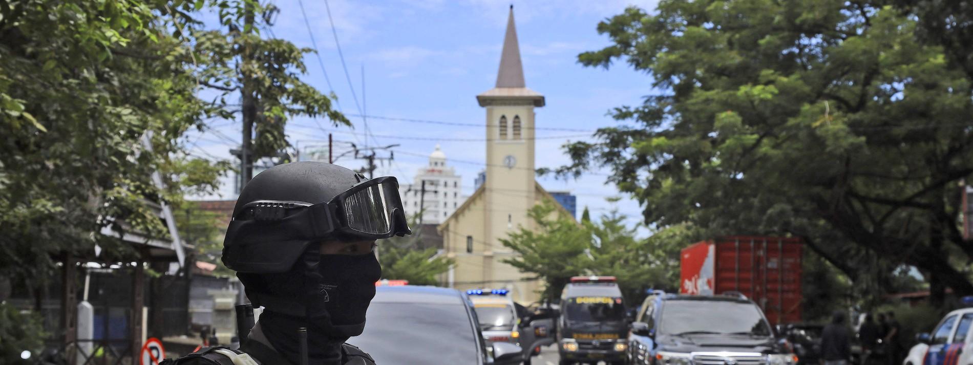 Bombe explodiert vor Kathedrale
