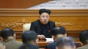 """Kim Jong-un bekräftigt """"Kampfbereitschaft"""""""