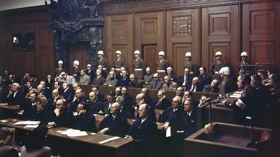 Millionenfacher Mord: Die NS-Führung auf der Anklagebank